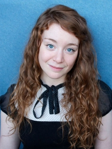 AllyKellyheadshot5-cropped-small